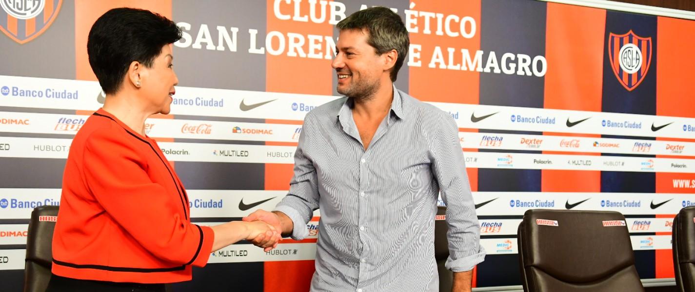 San Lorenzo firmó un acuerdo para potenciar su marca en China